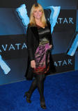 Cheryl Tiegs @ The ''Avatar'' Premiere in Los Angeles, Dec 16, 2009 - 15HQ