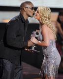 http://img227.imagevenue.com/loc181/th_38223_Celebutopia-Britney_Spears-2008_MTV_Video_Music_Awards_Show-03_122_181lo.jpg