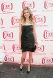 th_27998_Celebutopia-Sarah_Chalke-6th_Annual_TV_Land_Awards_Arrivals-06_122_190lo.jpg
