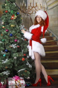 http://img227.imagevenue.com/loc438/th_531041897_silver_angels_Sandrinya_I_Christmas_1_012_123_438lo.jpg