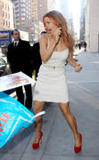 Поппи Монтгомери, фото 355. Poppy Montgomery - at the Early Show in New York 02/28/12, foto 355