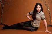 http://img227.imagevenue.com/loc573/th_044328903_Michelle_Trachtenberg_Regard_Magazine_October_2013_8_122_573lo.jpg
