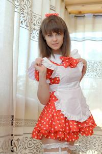 http://img227.imagevenue.com/loc97/th_105025145_tduid300163_Silver_Sandrinya_maid_1_042_122_97lo.JPG